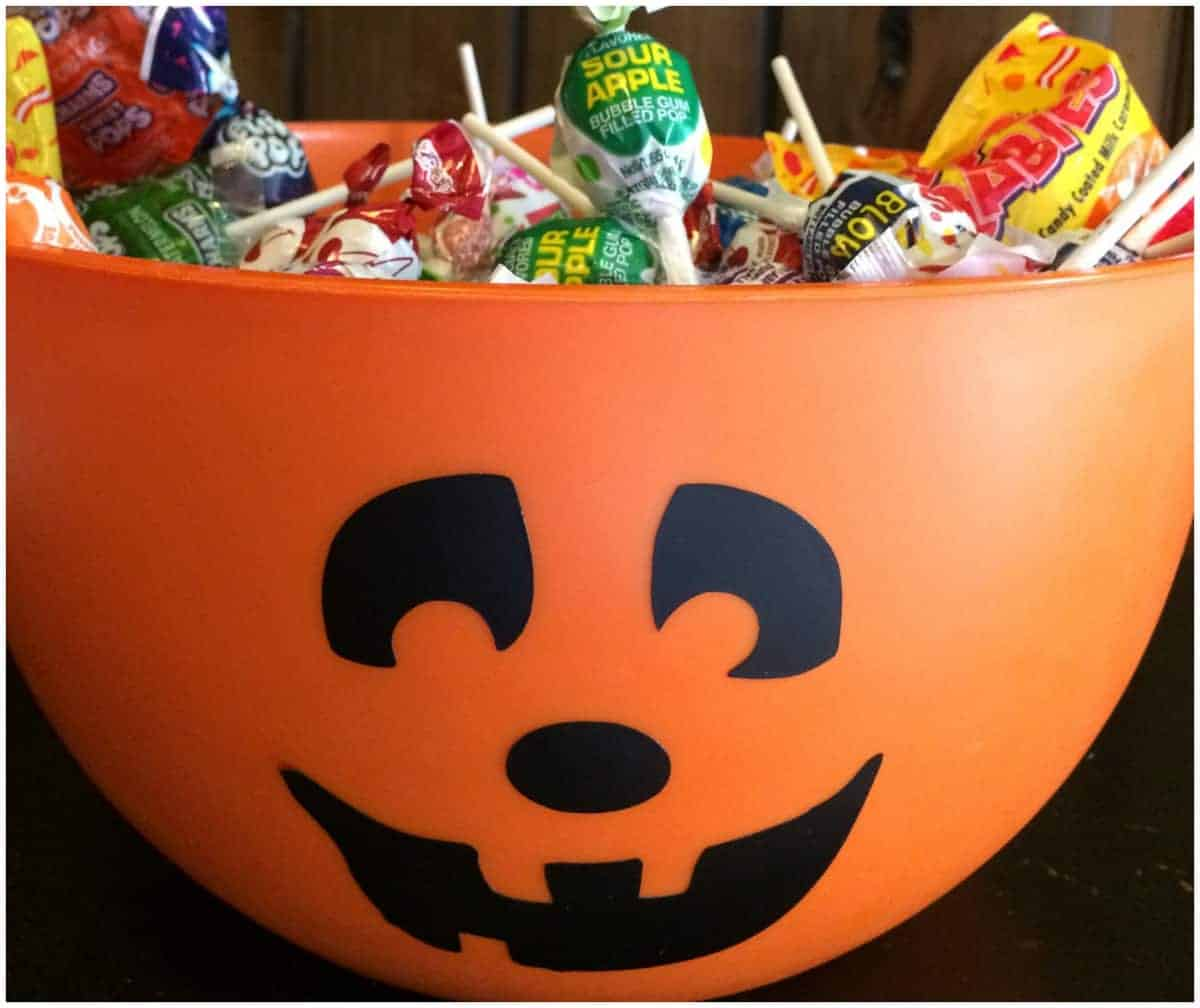 Make Your Own Pumpkin Trick Or Treat Candy Bowl A