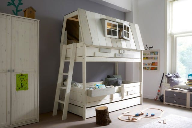 Cuckooland_Lifetime_Hangout Bed with Beddrawer_Lifestyle_Angle_LR