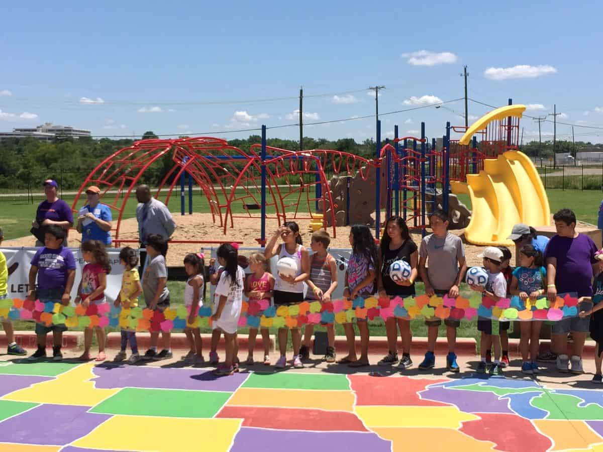 Let's Play Dallas Playground Build