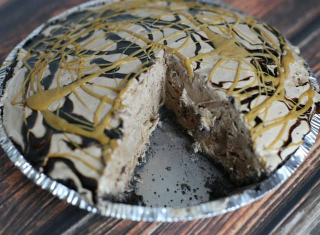 Easy Chocolate Peanut Butter Ice Cream Pie