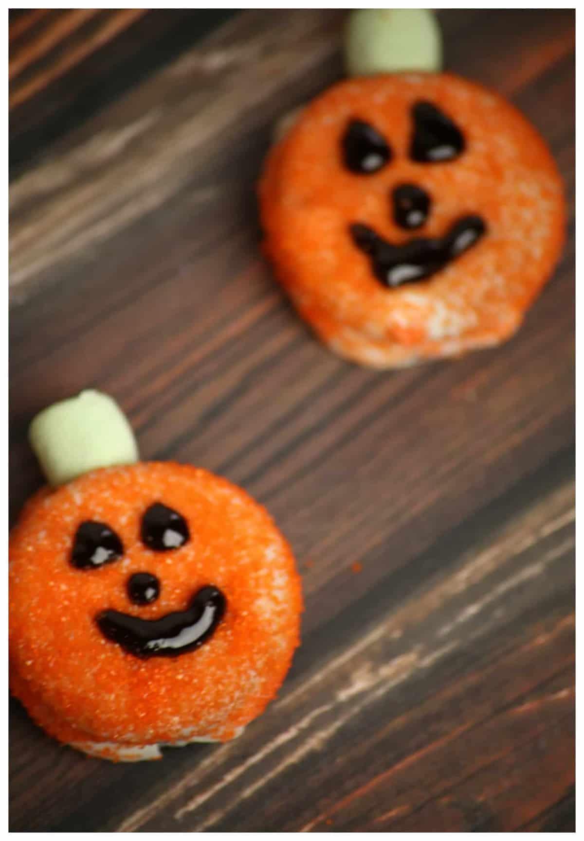 White Chocolate Covered Oreo Pumpkins