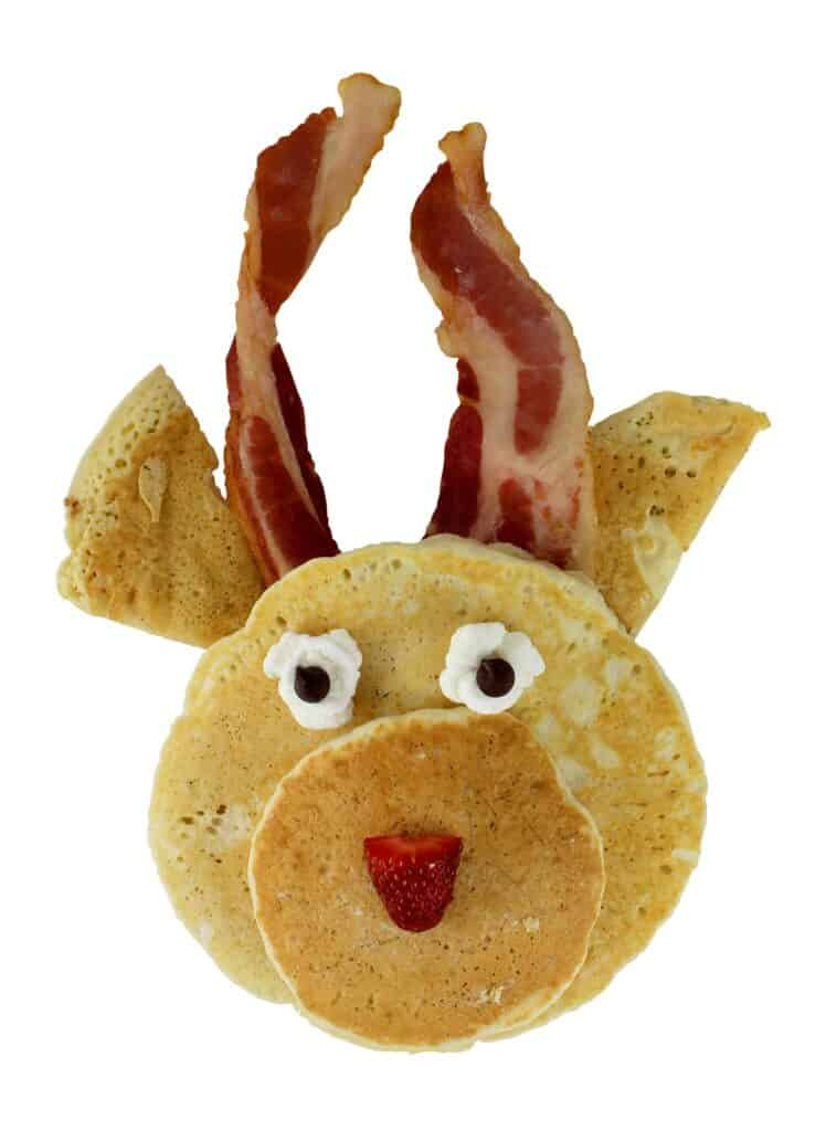 Fun Reindeer Pancakes breakfast ideas