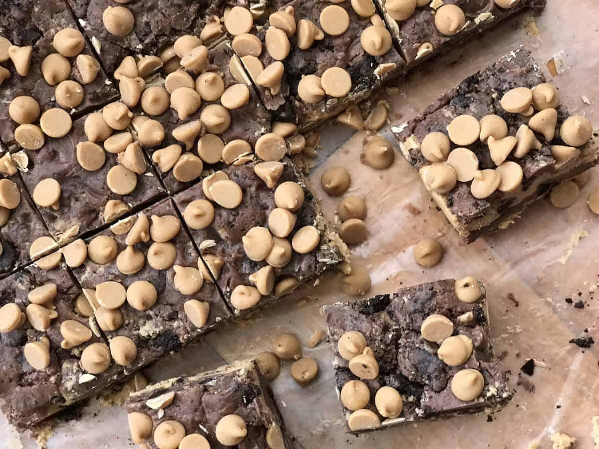 A close up of fudge