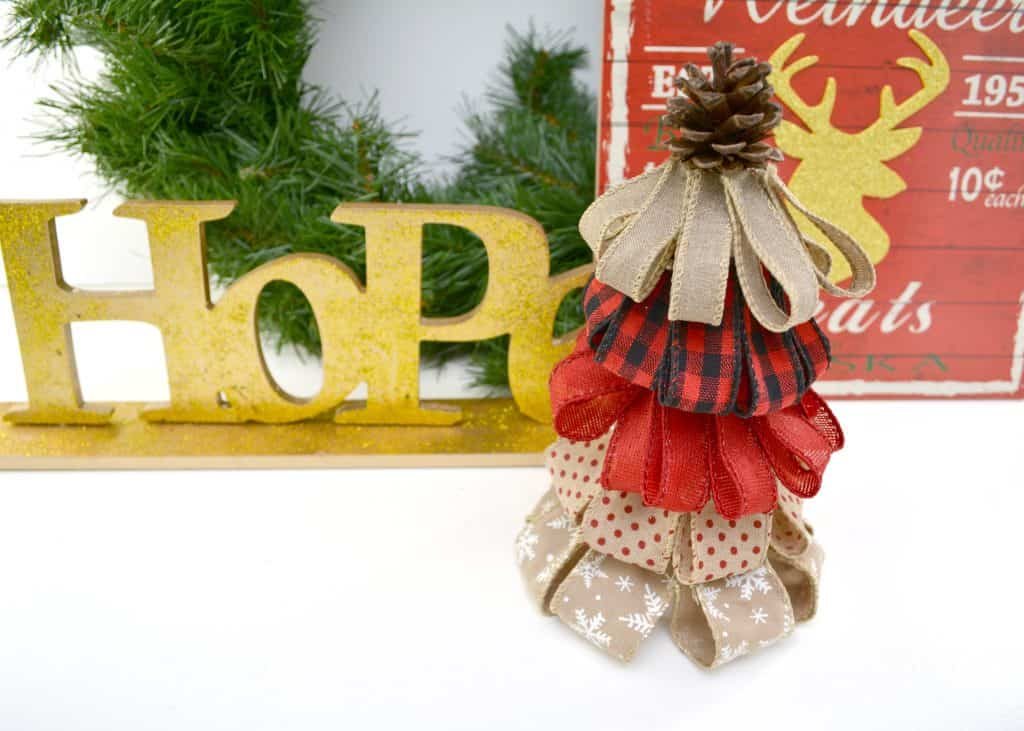 Easy burlap ribbon christmas tree holiday crafts easy burlap ribbon christmas tree solutioingenieria Gallery
