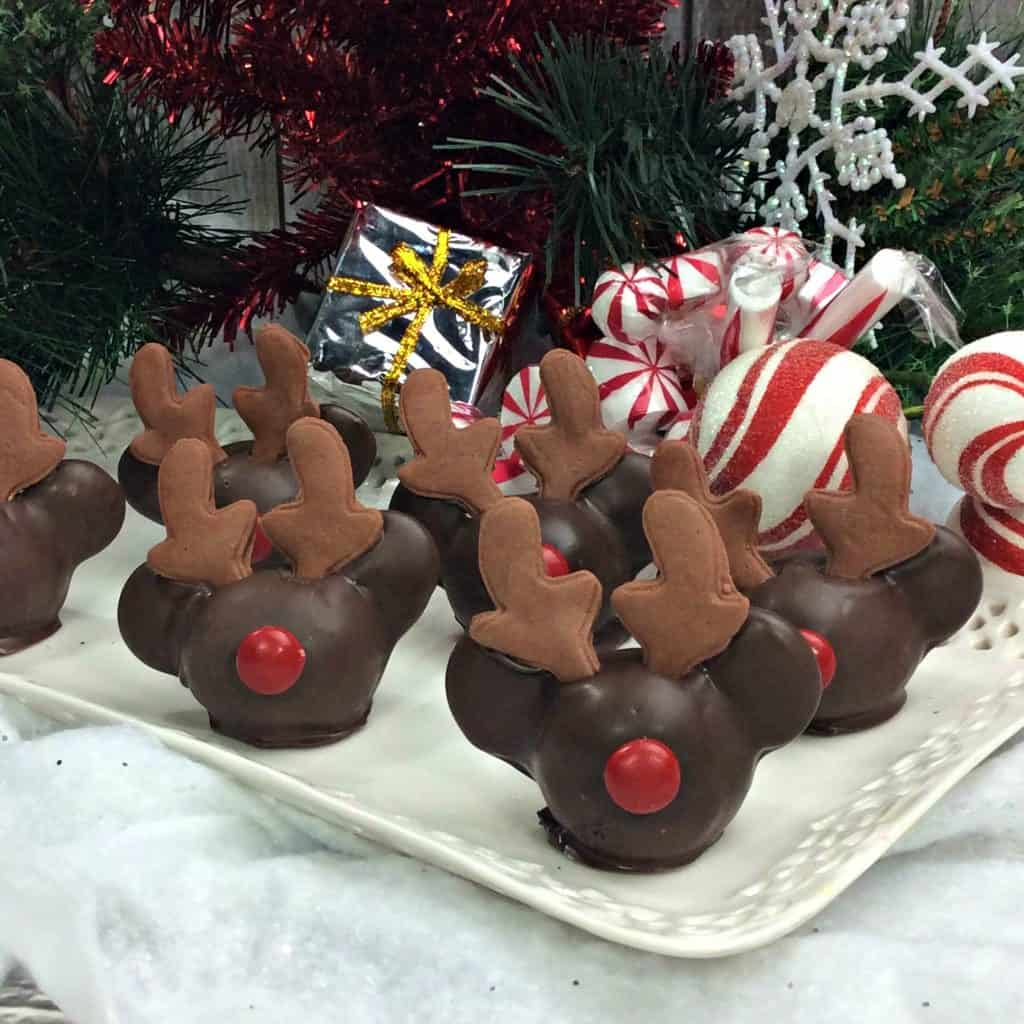 Mickey Reindeer Cake Pop