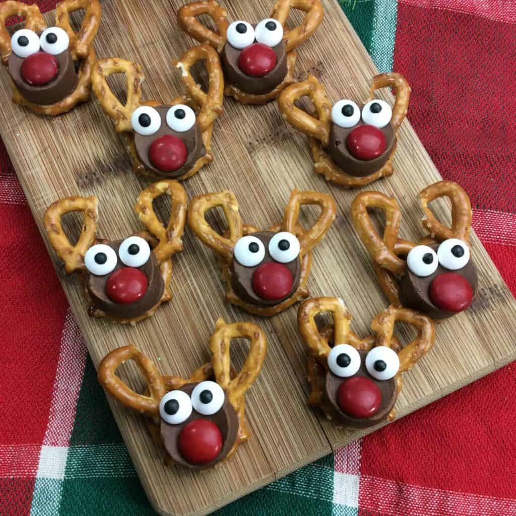 Reindeer Rolo treat