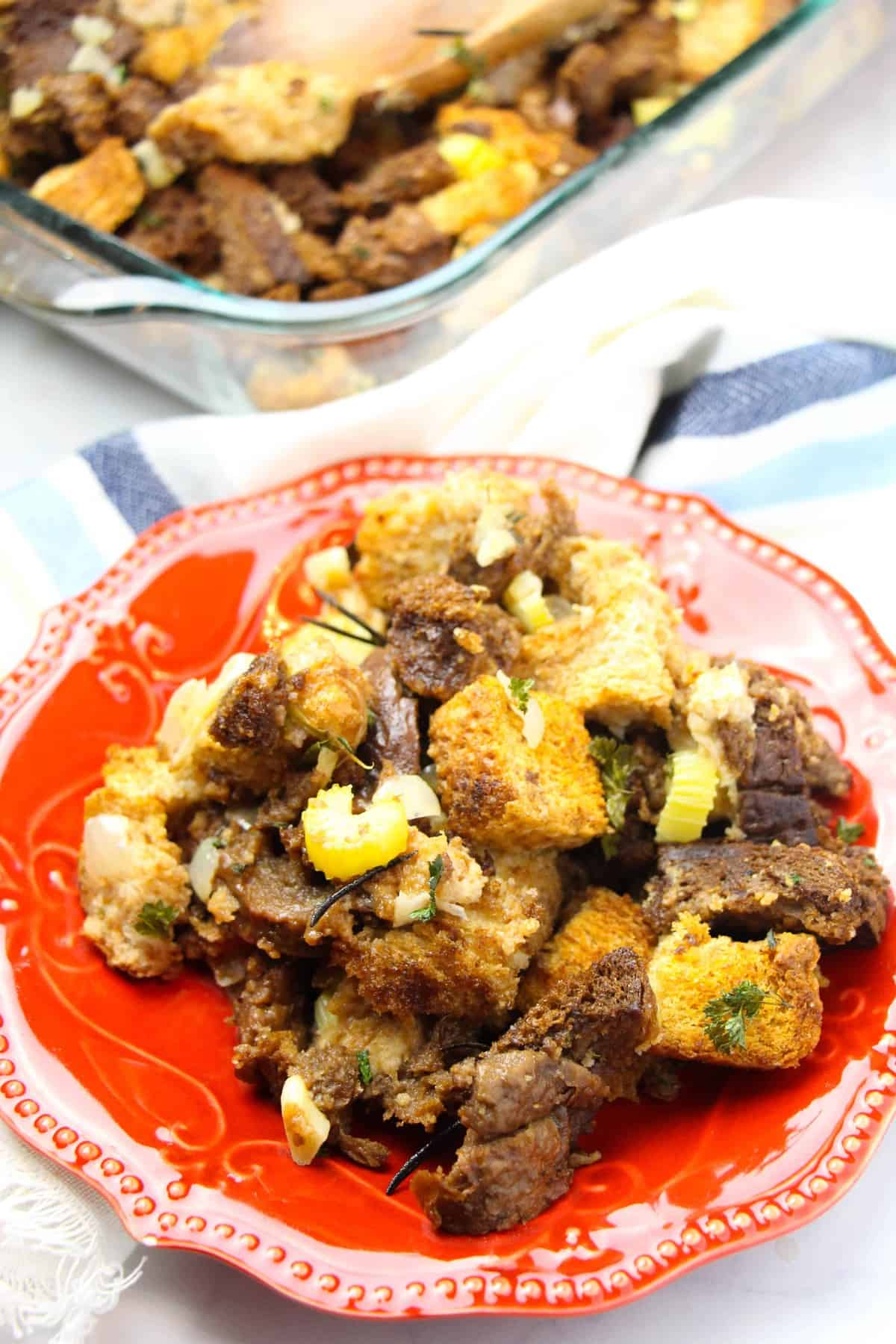 Easy stuffing recipe for Thanksgiving