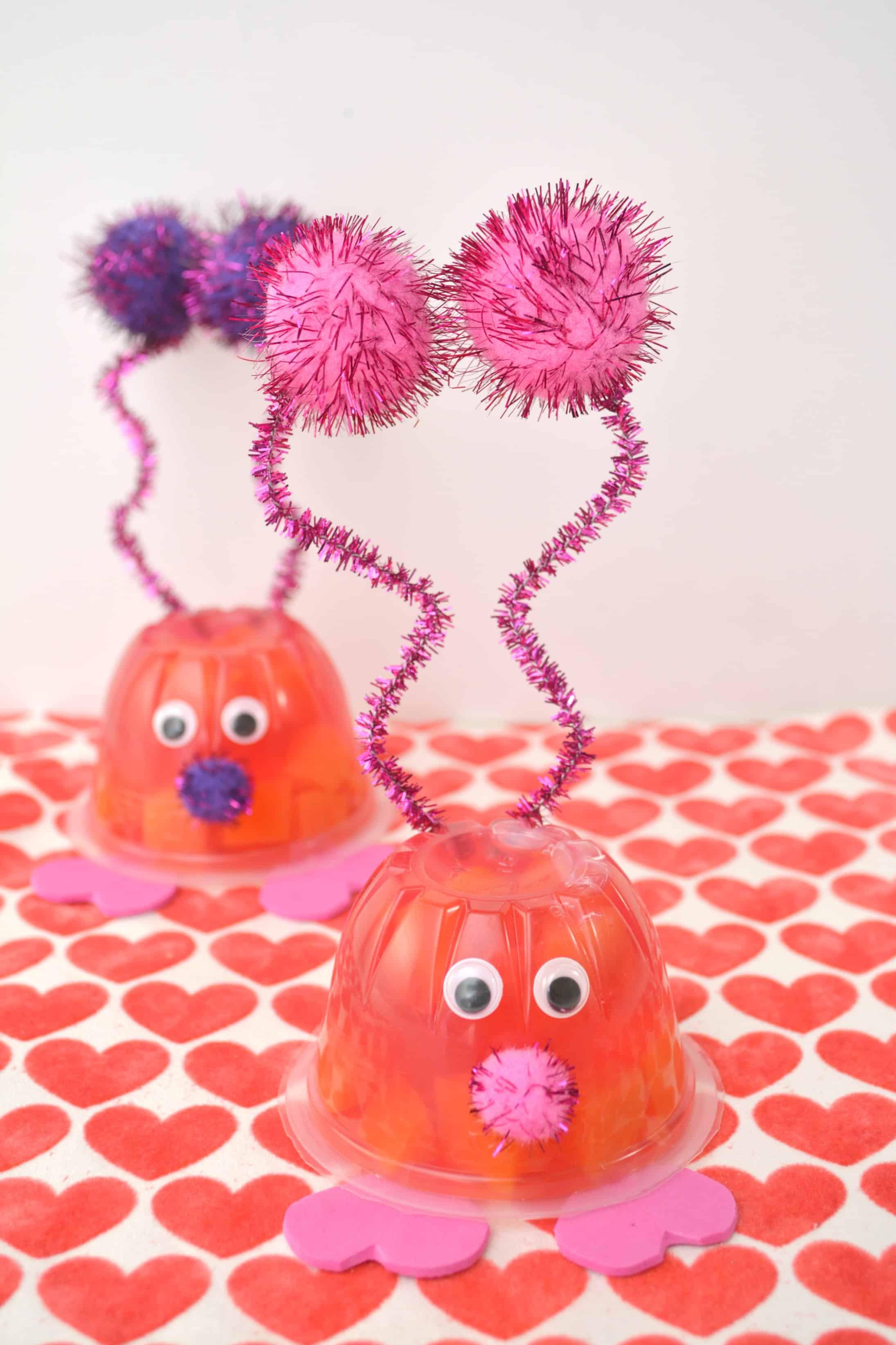 Love Bug Valentine Snack Cup