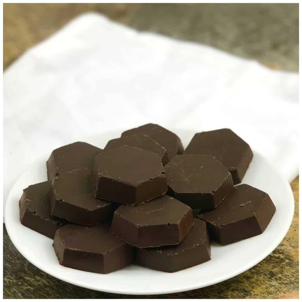 Keto Chocolate Fat Bombs- Easy Fat Bombs Recipe