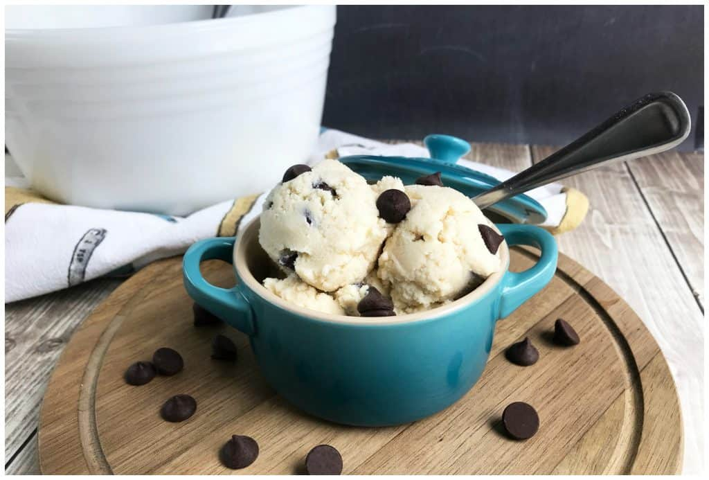 Keto Edible Chocolate Chip Cookie Dough