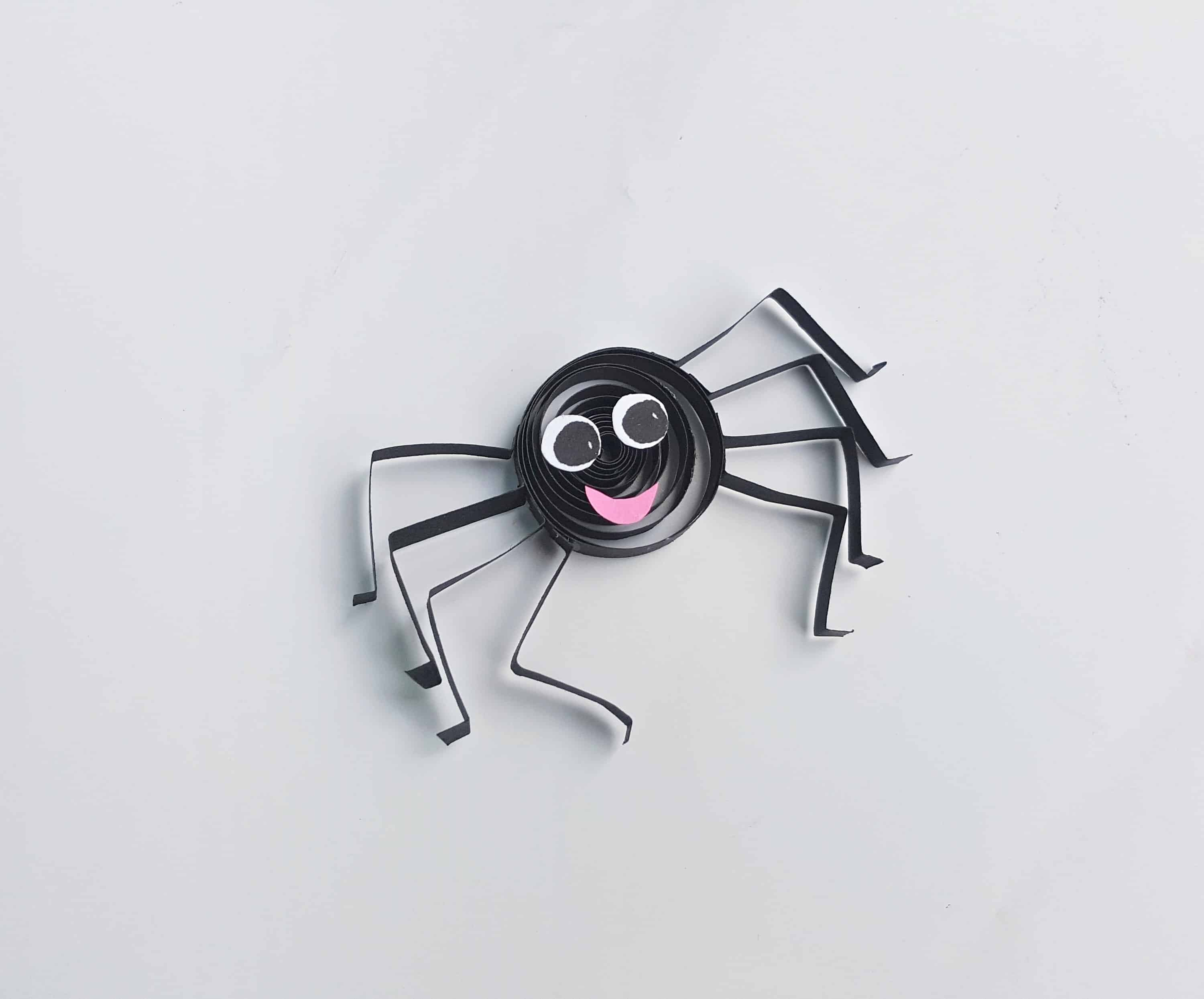 how to make a quilled spider