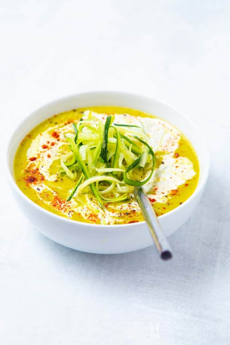 Zucchini and Leek Soup - delicious vegan soup that's super healthy for you